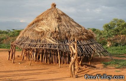 A hut used by the Hamer or Hamar tribe